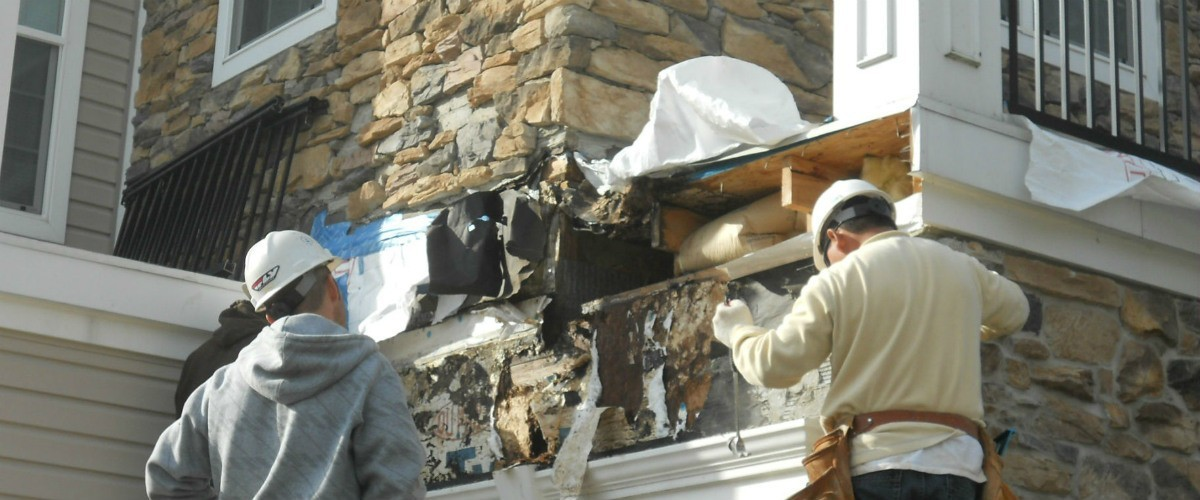 BUILDING ENVELOPE FAILURES CAUSED BY LATENT CONSTRUCTION DEFECTS